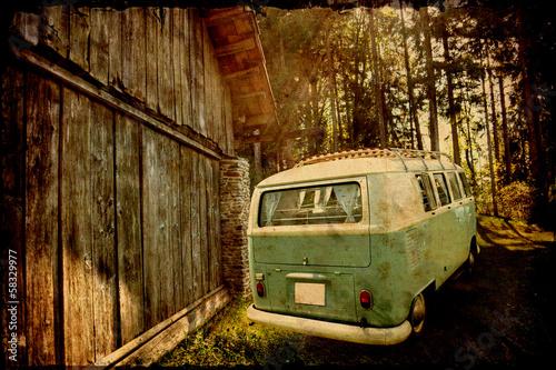 Retrobulli w starej stodole