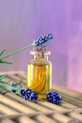 Lavendel mit Lavendelöl