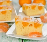 Cake with mandarin oranges