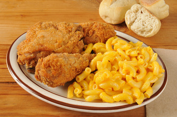 Chicken with macaroni and cheese