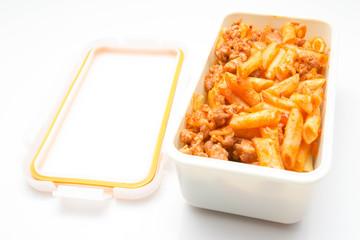 Macaroni in tupper