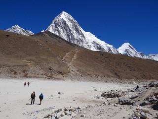 Gorak shep, Kala Patthar et Pumori (7161 m) - Himalaya, Népal