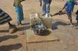 bambini Africani alla fontana