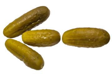 Соленые огурцы, выложенные в виде стрелки