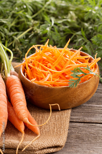 Fresh carrot, whole and grated