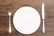 canvas print picture - Weisser Teller mit Messer und Gabel