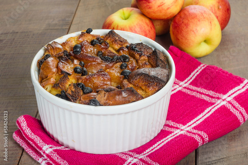 Apple bread pudding with raisins