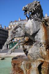 Lyon, statue place de l'hôtel de ville (les terreaux)