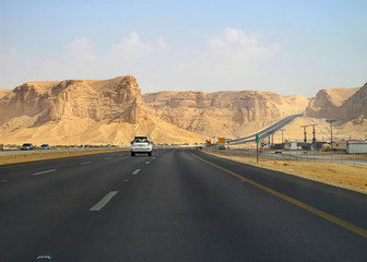 Road trough the Desert