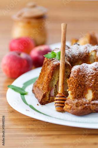 apple and honey cake