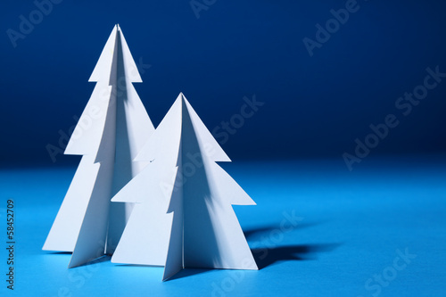 Paper Christmas trees - 58452709