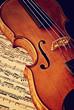 canvas print picture - Antike Geige mit Notenblatt