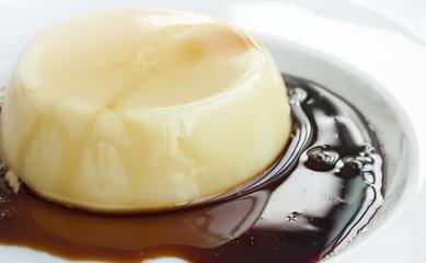 Creme caramel with caramelized sugar