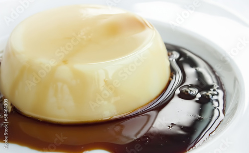 Creme caramel with caramelized sugar