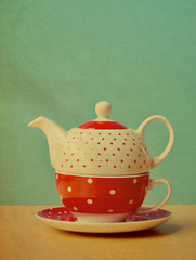 Red polka dot kettle vintage