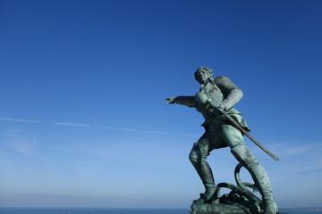 statue surcouf