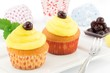 muffin con crema al limone e amarene sciroppate