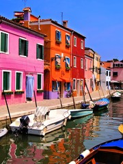 Vibrantly painted houses of Burano, Venice, Italy