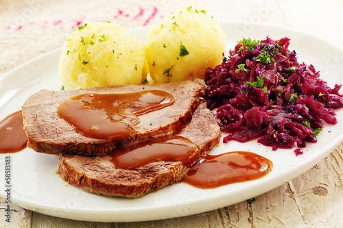 Sliced roast cap of rump - 58513183