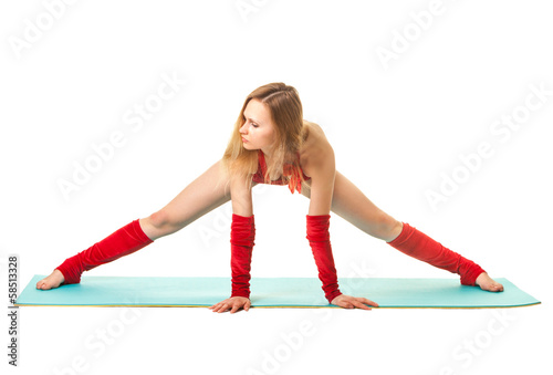 Girl makes splits