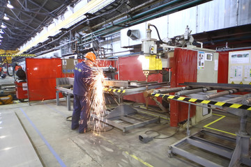 The process of welding in the workshop