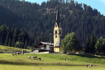 chiese e campanili dolomiti