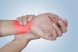 Acute pain in a woman Wrist.