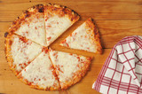 Rustic cheese pizza - 58544910
