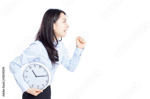 時計を持って走る女性