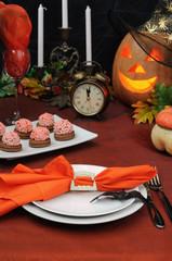 Fragment table setting for Halloween