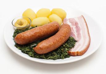 Grünkohl mit Mettenden und Bauchfleisch