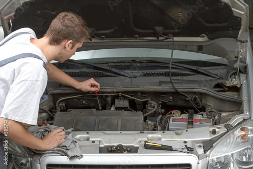 Mechanic fixing and repairing