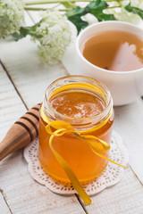 Fresh honey and tea
