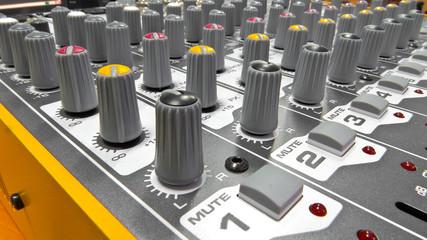 Audio console 5
