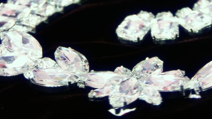 diamond necklace (1)