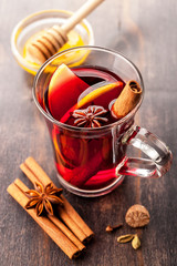 Hot wine with honey and spices