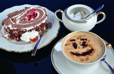 Kaffee und Kirschtorte