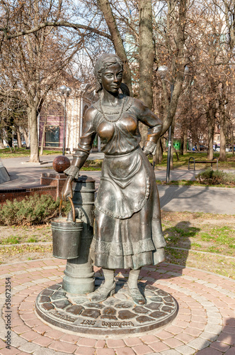 sculpture of the girl with busket as a Rostov