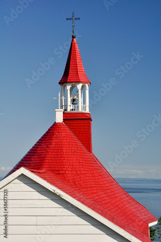 Papiers peints Canada Roof of Tadoussac chapel (oldest canadian wooden church)