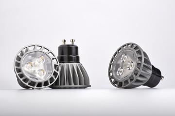 Energy saving LED light bulb
