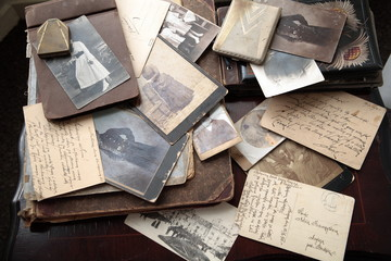 Photos, albums and letters.