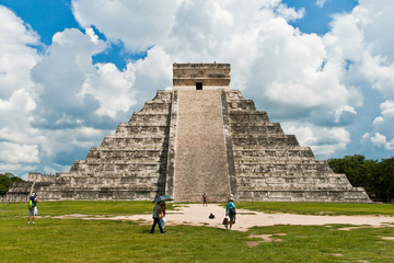 The Kukulkan pyramid in Chichen Itza archeological park, Mexico