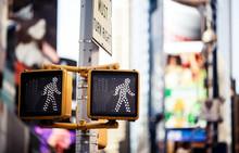 Keep walking New York traffic sign