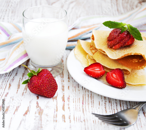 stawberry pancakes