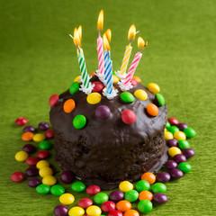 Bunter Geburtstagskuchen