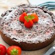 Schokoladentorte mit Erdbeer-Yofu-Füllung