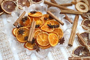 Oranges séchées canelle et anis étoilé