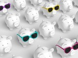 Piggy bank - grid with pigs with colorful sunglasses