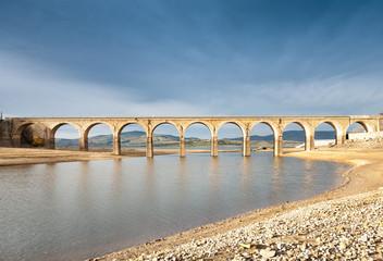 Puente, pantano del Ebro 02