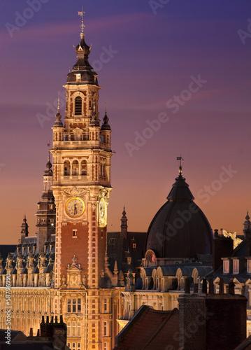 Papiers peints Europe du Nord Coucher de soleil sur le Beffroi de Lille - France